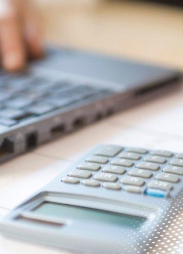 חישוב פיצויי פיטורים לעובד בשכר