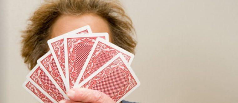 האם אנחנו עדיין משחקים בקלפים פתוחים ?