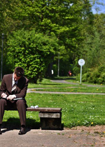 השעיית עובדים – המותר והאסור בעולם העבודה